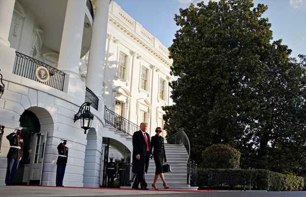 Трамп покинул Белый дом