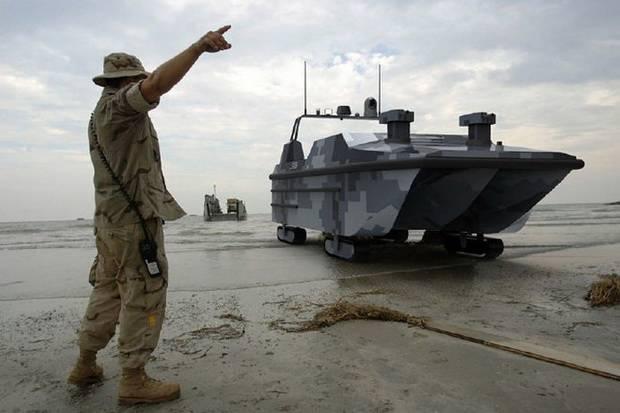 В Китае создан первый в мире десантный корабль-беспилотник