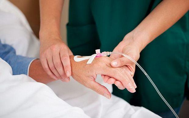 В Британии пациентов в вегетативном состоянии разрешили отключать от системы питания без разрешения суда
