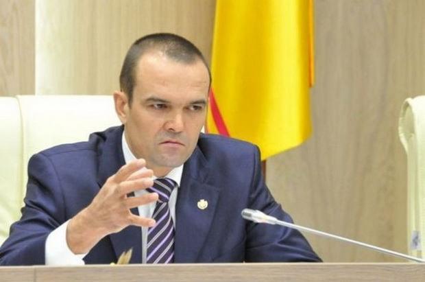Уволенный губернатор подал в суд на Путина