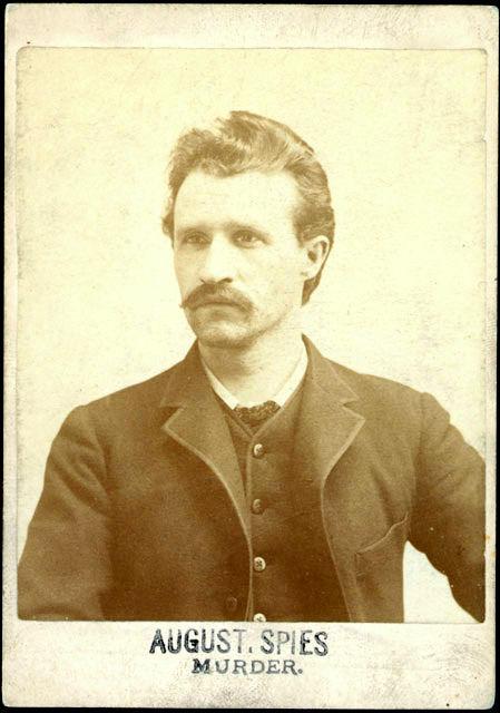 Альберт Парсонс. Фотография из архива полицейского управления Чикаго.