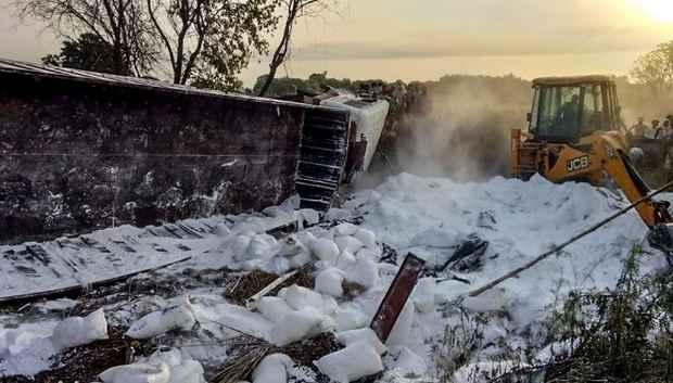 В Индии после схода ледника погибло не менее десяти человек, более 150 пропало без вести