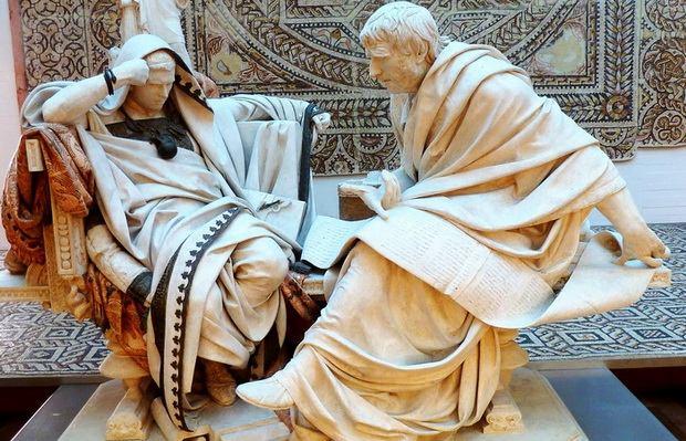 Античная скульптурная композиция / Фото: pinterest.ca