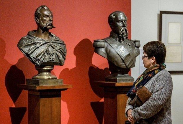 Родословная европейских аристократических фамилий насчитывает сотни лет.