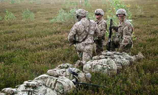 НАТО разместит группу сил сдерживания в странах Балтии в мае 2017