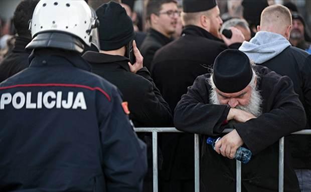 Премьер Черногории призвал Сербскую Церковь к диалогу