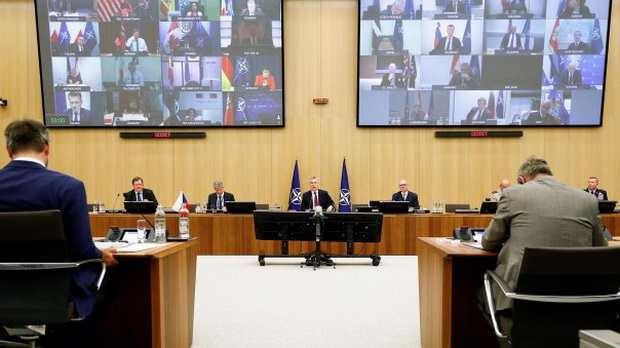 Министры обороны стран НАТО приняли пакет мер в ответ на усиление ядерного потенциала РФ