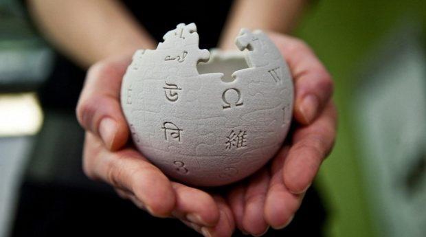 Самый активный пользователь ~Википедии~ вышел из тени