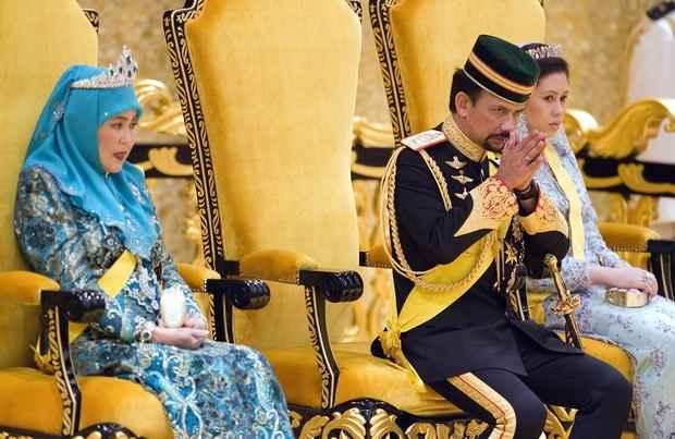 Султан Брунея ввел смертную казнь за гомосексуализм