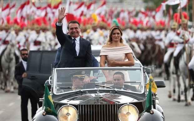 Новый президент Бразилии хочет очистить страну от социализма и геев