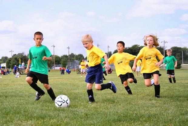 Соревновательный дух - особенность американской нации. Это качество прививается с детства, так же как умение играть в команде и выкладываться на все 100%, даже если проиграл.