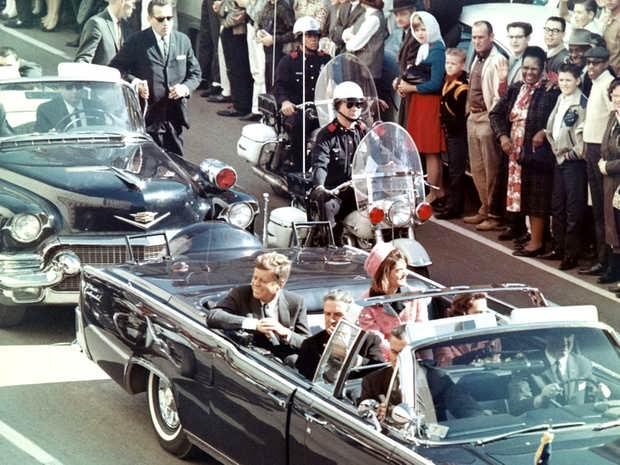 22 ноября 1963 года в Далласе был убит 35-й президент США Джон Фицджеральд Кеннеди.