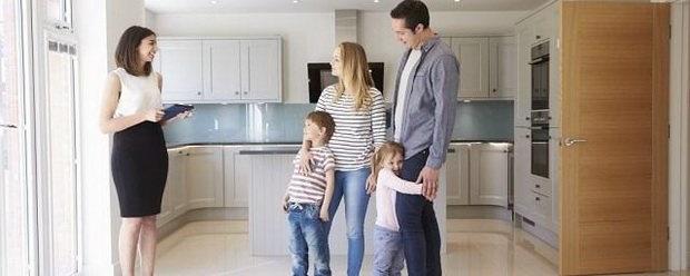 Путин предложил освободить семьи с двумя и более детьми от уплаты налога с продажи жилья