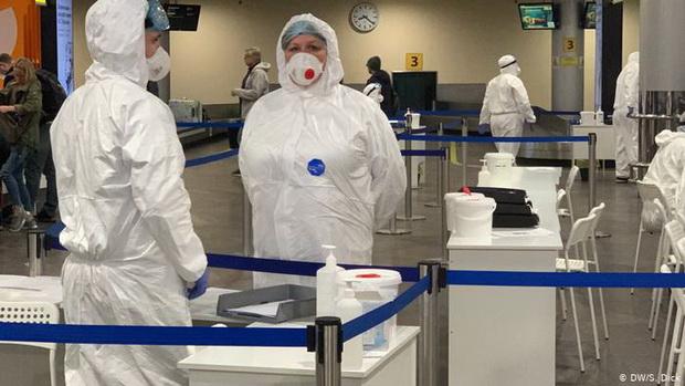 Первые сведения о новом, более заразном варианте коронавируса появились в Великобритании в декабре.