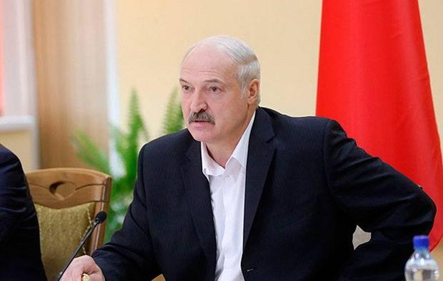 Лукашенко заявил об угрозе аннексии Белоруссии другим государством