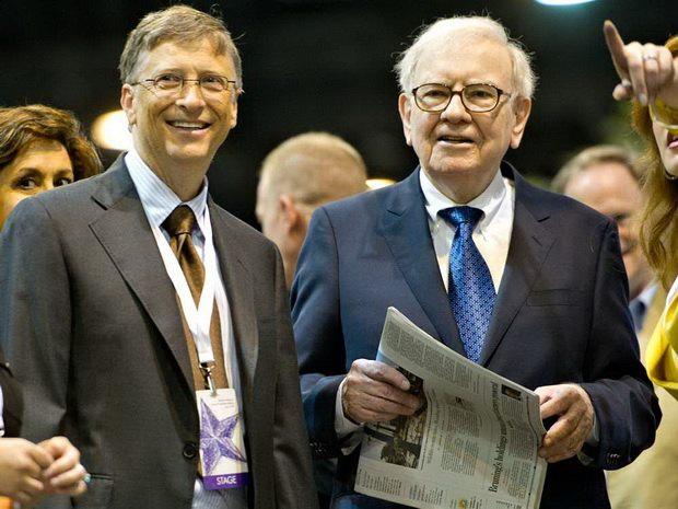 В настоящее время он занимает четвертое место в рейтинге богатейших людей мира с состоянием в 90,3 миллиарда долларов.