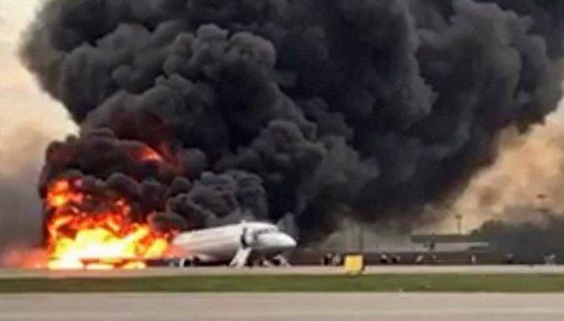 Пожар на самолете в Шереметьево: опубликован список выживших при возгорании SSJ-100