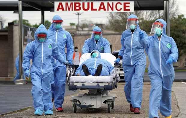 США вышли на третье место по числу зараженных коронавирусом