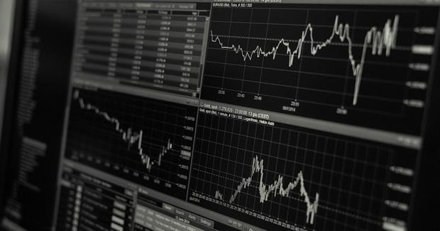 Bloomberg: Мировая экономика будет восстанавливаться быстро, но неравномерно