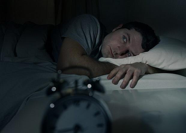 То, что не слышно в шуме обычного дня, ночью слышно отчетливо.
