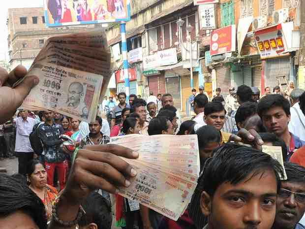 В Индии обмен денег спровоцировал кризис