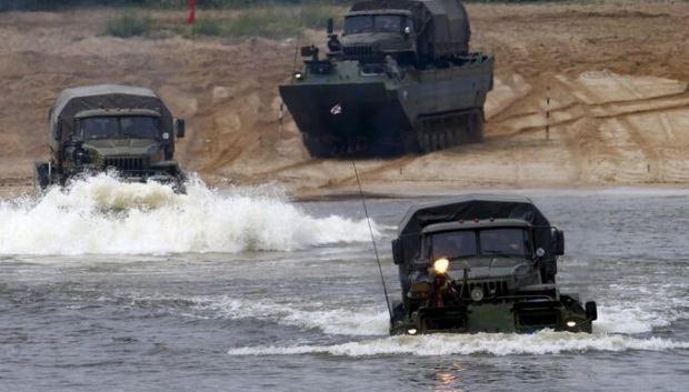 Россия анонсировала два совместных военных учения с Беларусью