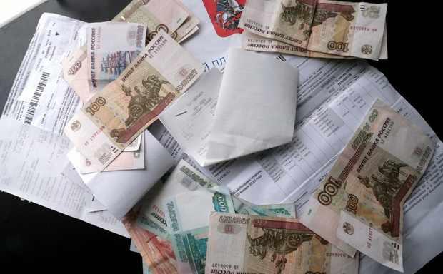 В Госдуме решили запретить банкам брать комиссию за платежи по ЖКХ