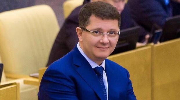 В Госдуме хотят штрафовать за продажу гаджетов без российского ПО
