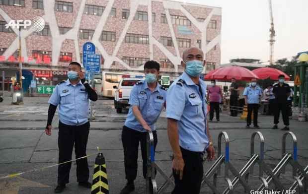 Пекин возвращает карантин