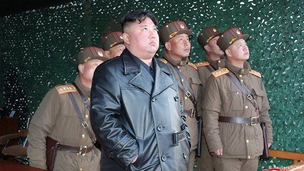 Накануне Южная Корея сообщила, что КНДР осуществила пуск неопознанного снаряда в направлении Японского моря.