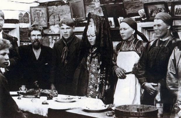 Разводы на Руси существовали как в языческие времена, так и в христианский период, несмотря на крайне негативное отношение церкви к разрыву венчанного союза.