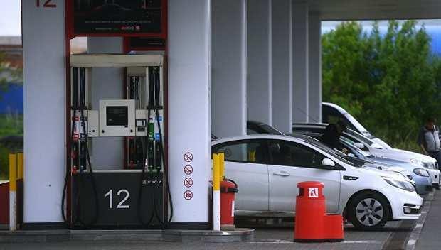 Правительство РФ рассматривает возможность снижения акцизов на топливо