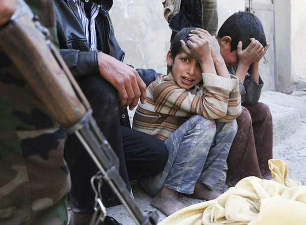 Детей в Алеппо заманивали к минированной машине едой