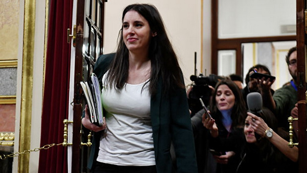 В четверг заражение было выявлено у министра по равноправию Ирене Монтеро.