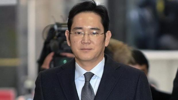 В отношении Ли Чжэ Ена также заводили несколько дел.