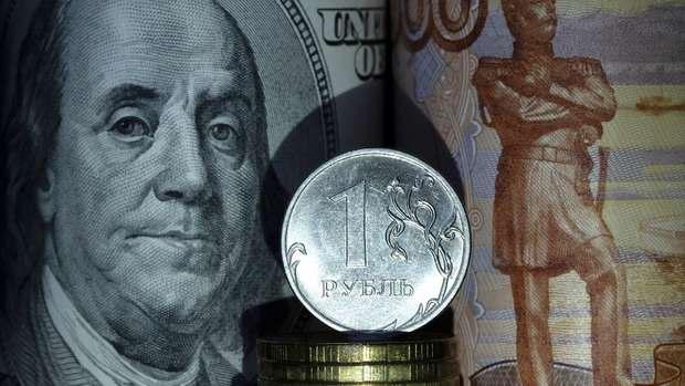 Рублю предсказали новый рекорд роста