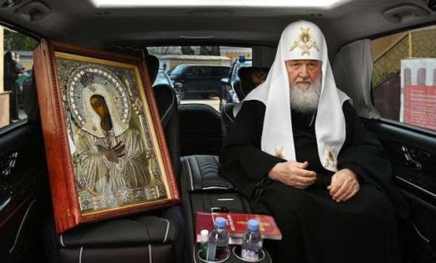 Патриарх Московский и всея Руси Кирилл призвал паству не верить слухам о нем и других православных архиереях.