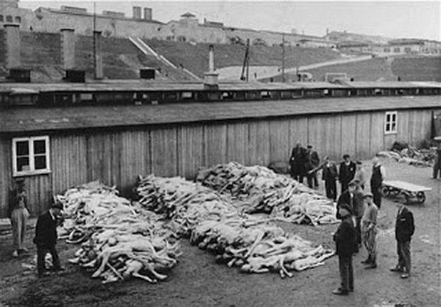Летом 1944 года в концентрационном лагере был возведен новый блок, который вмещал в себя 1800 пленников