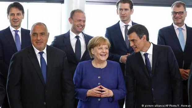 Лидеры ЕС не смогли договориться по беженцам