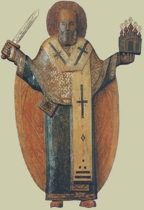 Икона Николы Зарайского изображает святого Николая, благословляющего правой рукой, а в левой держащего защищаемый им город. С мечом в правой руке угодник Божий изображен на иконе «Никола Можайский».
