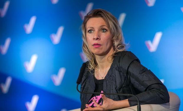Захарова заявила о многолетнем «оболванивании» россиян за границей