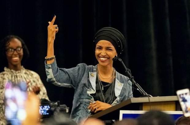 Первые мусульманки, избранные в конгресс США: кто они?