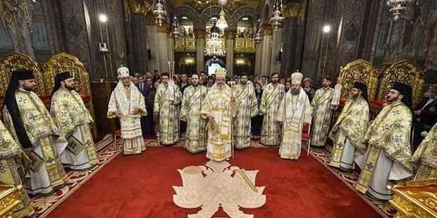 Румынский Патриархат: Семья — это исключительно союз мужчины и женщины