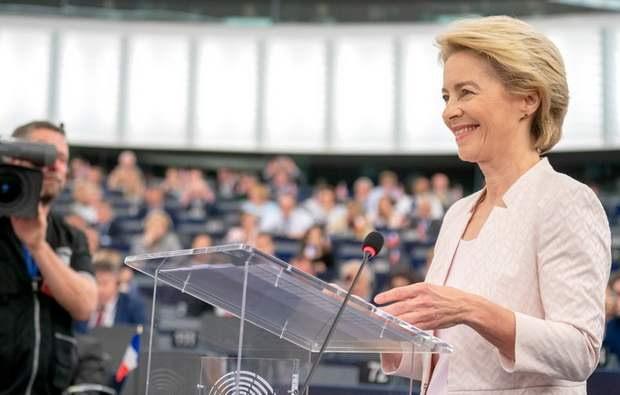 Европарламент утвердил кандидатуру фон дер Ляйен на пост председателя Еврокомиссии