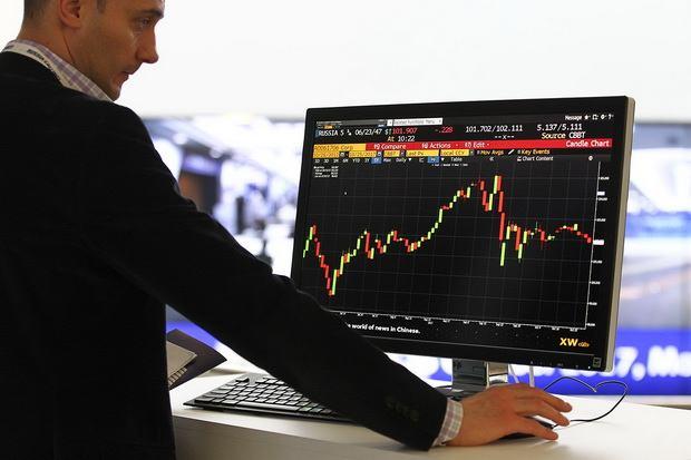 Минфин планирует запретить россиянам покупать и продавать криптовалюту на бирже, но при этом не возражает против ICO