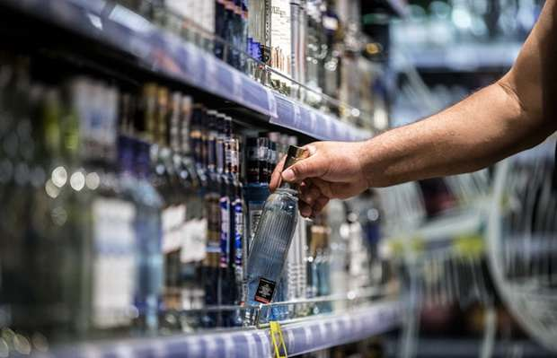 Минздрав РФ предложил запретить продажу алкоголя до 21 года