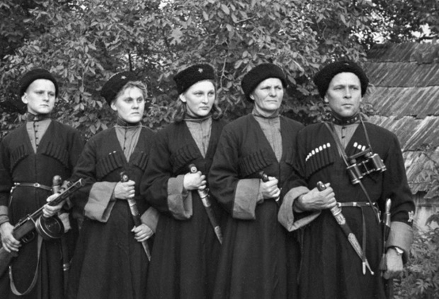 В рядах пластунов были даже женские отряды в Великую отечественную войну
