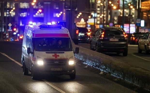 В Госдуме предложили сажать не пропустивших скорую помощь водителей