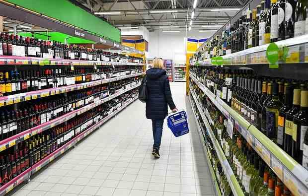 Минздрав намерен увеличить минимальный возраст продажи алкоголя с 2020 года