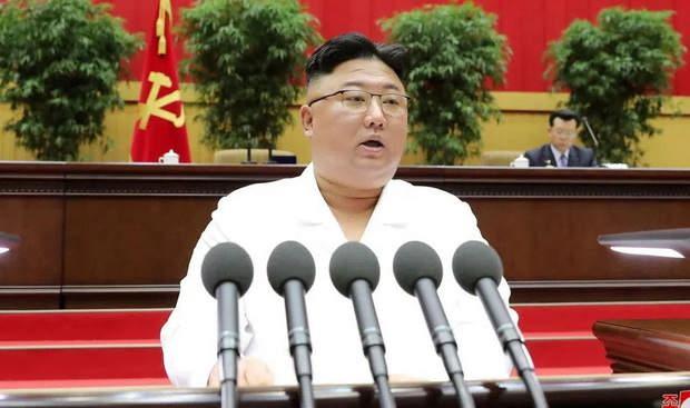 Ким Чен Ын призвал население КНДР готовиться к тяжелому кризису